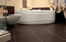 SSG Selection Natursteine, Badezimmer mit Bodenbelag aus Schiefer