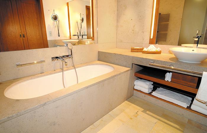 solnhofener platten im badezimmer, solnhofener naturstein | ssg solnhofen, Innenarchitektur