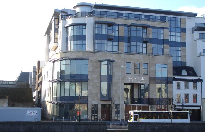 SSG Maxberg® Jura Kalkstein Fassade, Lavitts Quay Cork